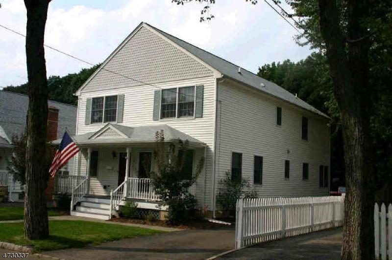 Maison unifamiliale pour l à louer à 27 Maple Ave - Left Side Morris Plains, New Jersey 07950 États-Unis