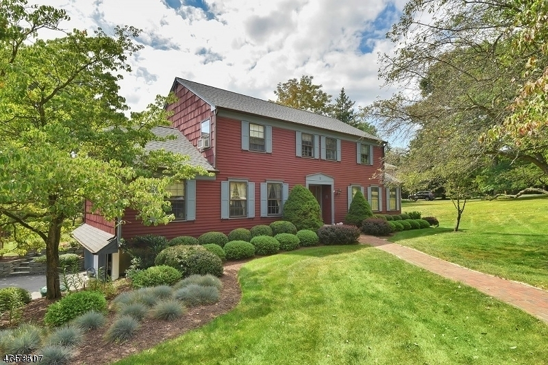 Single Family Home for Rent at 10 Heather Hill Way Mendham, New Jersey 07945 United States