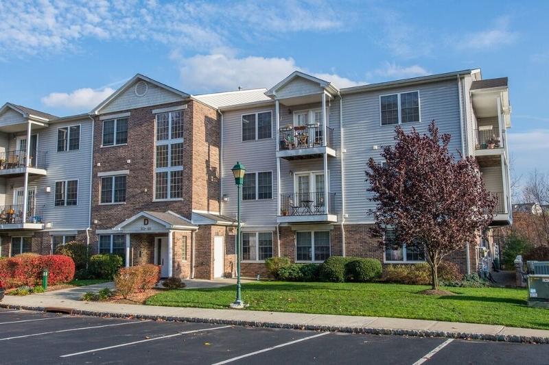 独户住宅 为 出租 在 82 Mountainview Court 里弗代尔, 新泽西州 07457 美国
