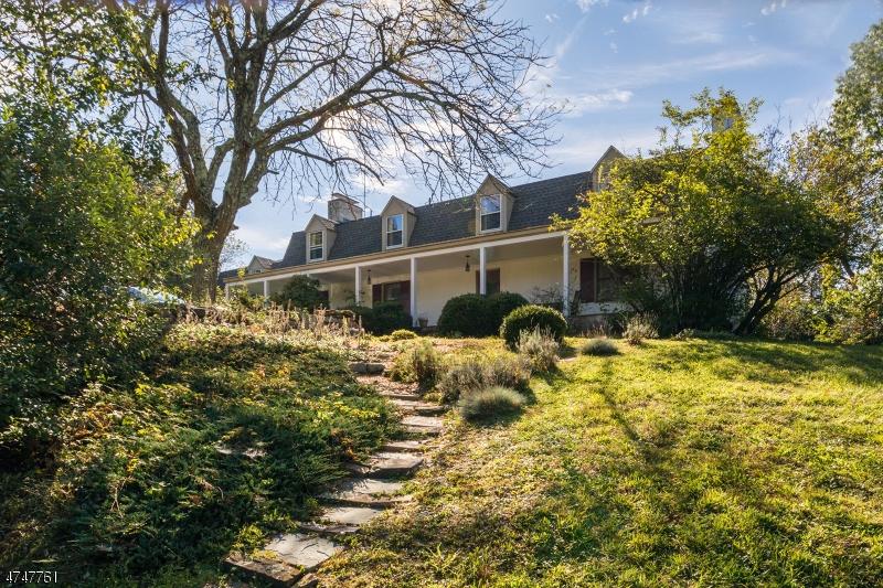 Частный односемейный дом для того Продажа на 38 Van Horn Road Fredon, Нью-Джерси 07860 Соединенные Штаты