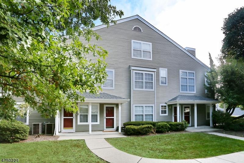 Частный односемейный дом для того Аренда на 1337 Paddington Road Mahwah, Нью-Джерси 07430 Соединенные Штаты
