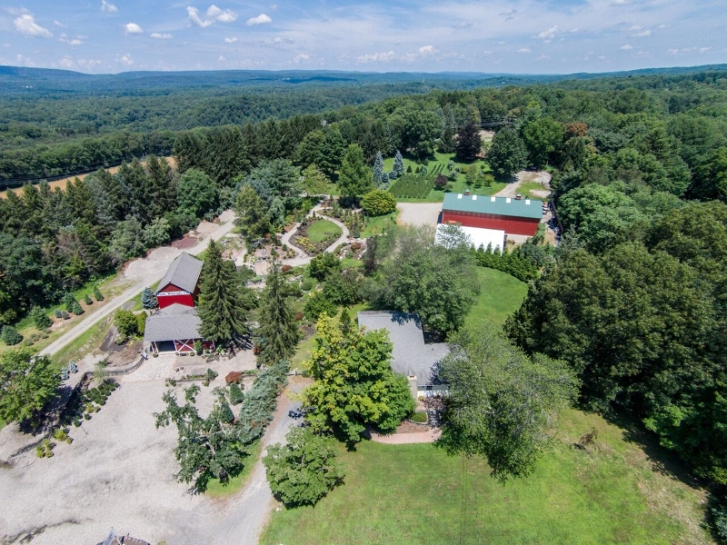 Commercial for Sale at 33 Kerrs Corner Road 33 Kerrs Corner Road Blairstown, New Jersey 07825 United States