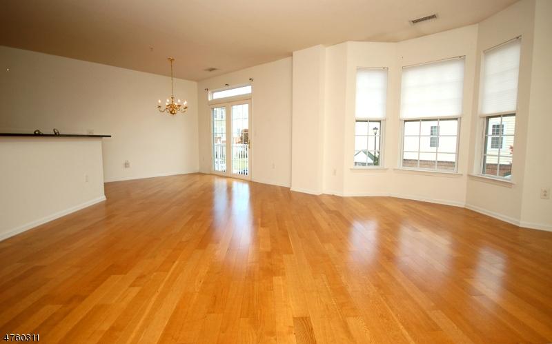 Casa Unifamiliar por un Alquiler en 804 Deluca Road Belleville, Nueva Jersey 07109 Estados Unidos