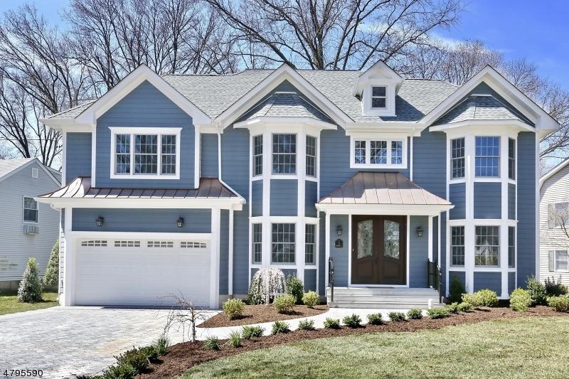 独户住宅 为 销售 在 2 Berwyn Place 格伦洛克, 新泽西州 07452 美国
