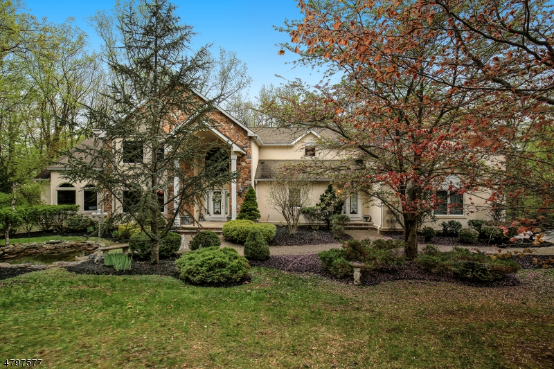 Single Family Home for Sale at 12 Liberty Hills Court Washington, New Jersey 07853 United States