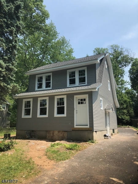 独户住宅 为 销售 在 18 MADISON Avenue 凡伍德, 新泽西州 07023 美国
