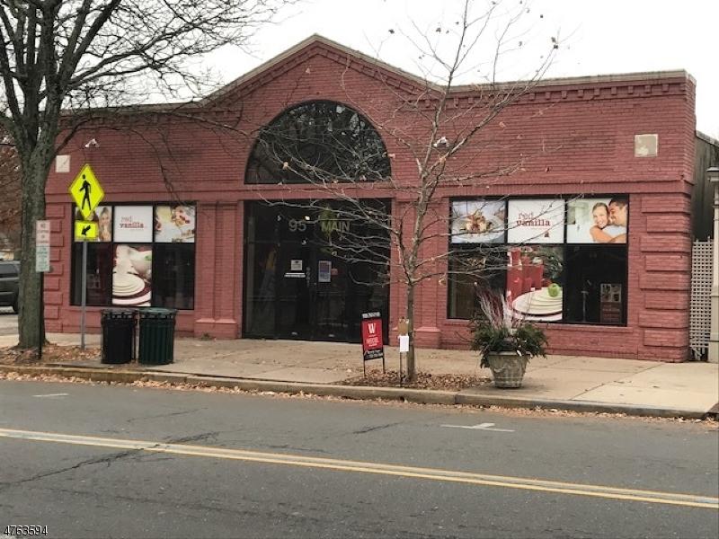 Comercial por un Venta en 95 Main Street Flemington, Nueva Jersey 08822 Estados Unidos