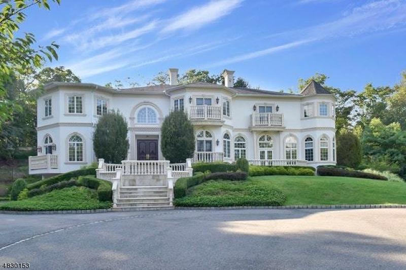 Частный односемейный дом для того Продажа на 758 W SHORE Drive Kinnelon, Нью-Джерси 07405 Соединенные Штаты