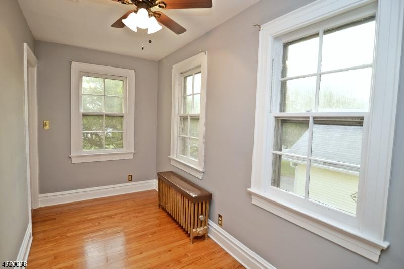 Additional photo for property listing at 501 E PROSPECT Street  Hackettstown, Νιου Τζερσεϋ 07840 Ηνωμένες Πολιτείες