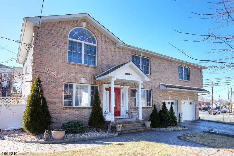 Single Family Home for Sale at 2486 DORCHESTER RD 2486 DORCHESTER RD Union Township, New Jersey 07083 United States