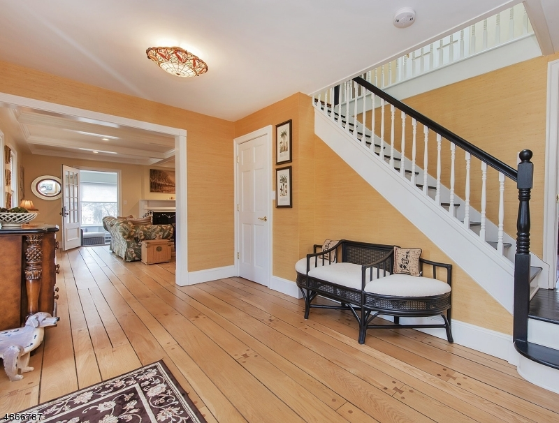 Single Family Home for Sale at 11 GREEN HILL RD 11 GREEN HILL RD Madison, New Jersey 07940 United States