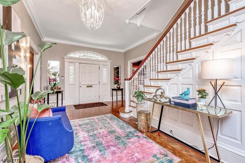 Casa Unifamiliar por un Venta en Plainfield, Nueva Jersey 07060 Estados Unidos