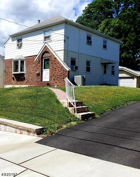 Single Family Homes för Försäljning vid Wood Ridge, New Jersey 07075 Förenta staterna