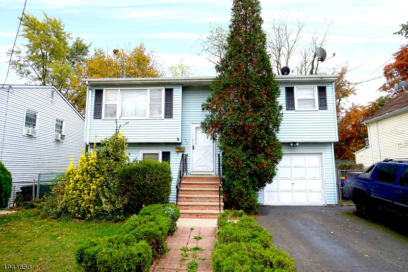 Single Family Homes للـ Sale في 123 WARREN Street South Bound Brook, New Jersey 08880 United States