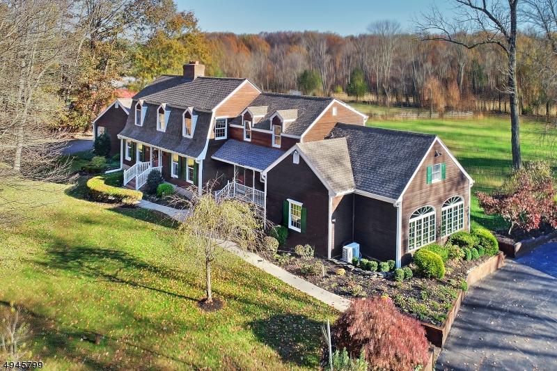Single Family Homes por un Venta en Delaware Township, Nueva Jersey 08822 Estados Unidos