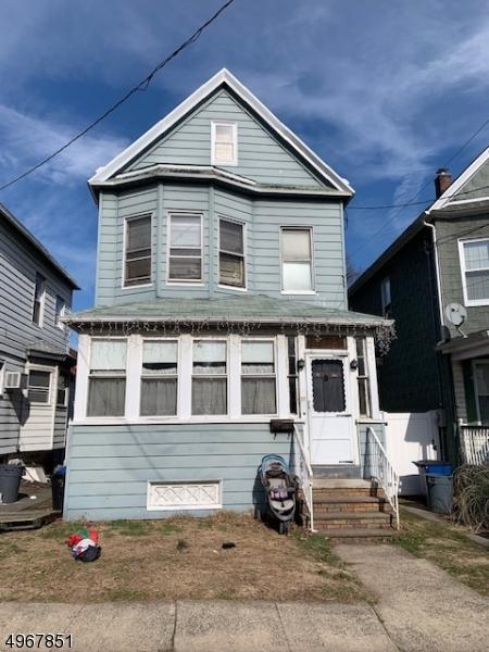 Single Family Homes por un Venta en Bayonne, Nueva Jersey 07002 Estados Unidos