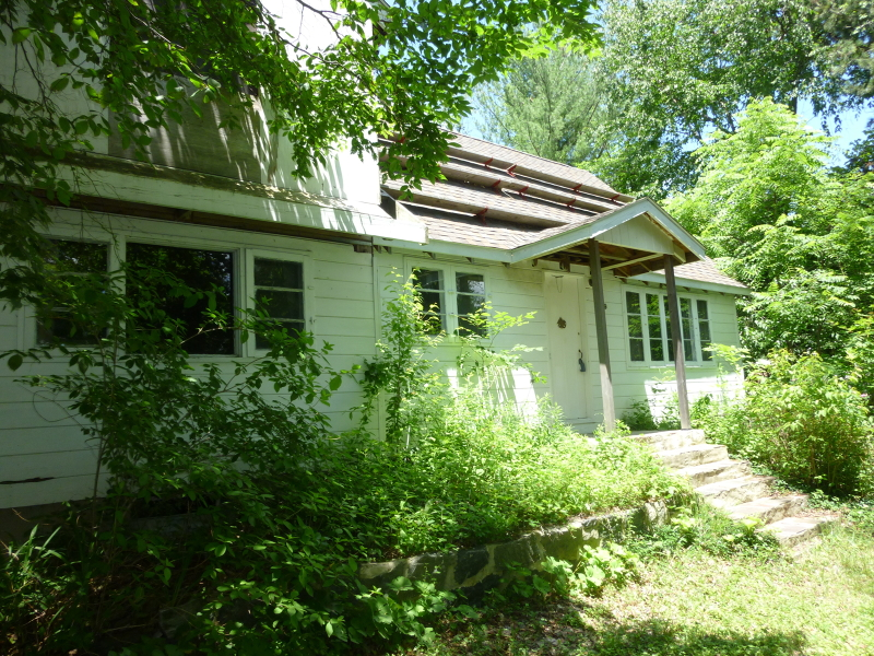 Additional photo for property listing at 679 Canistear Road  Highland Lakes, New Jersey 07422 United States
