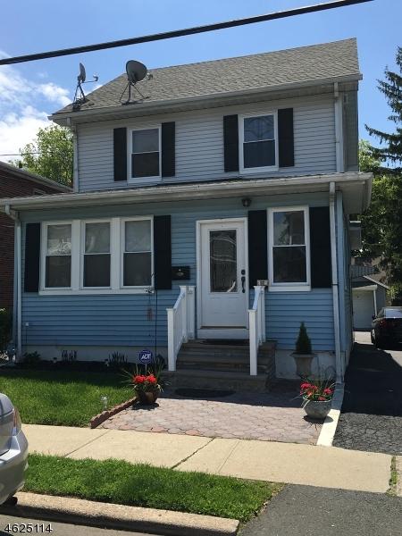 Casa Unifamiliar por un Venta en 522 Buchanan Street Hillside, Nueva Jersey 07205 Estados Unidos