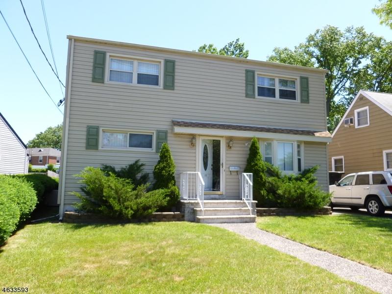 Maison unifamiliale pour l Vente à 56 CELIA TER Belleville, New Jersey 07109 États-Unis