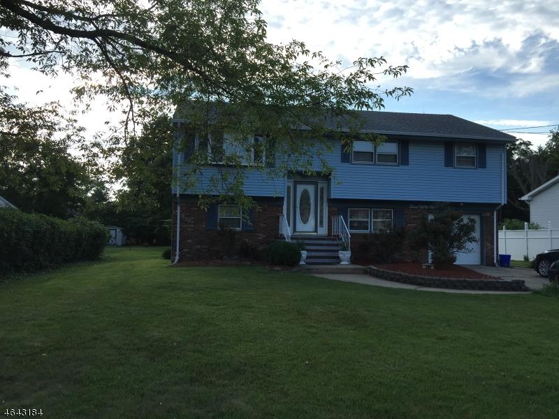 Casa Unifamiliar por un Venta en Address Not Available Somerset, Nueva Jersey 08873 Estados Unidos
