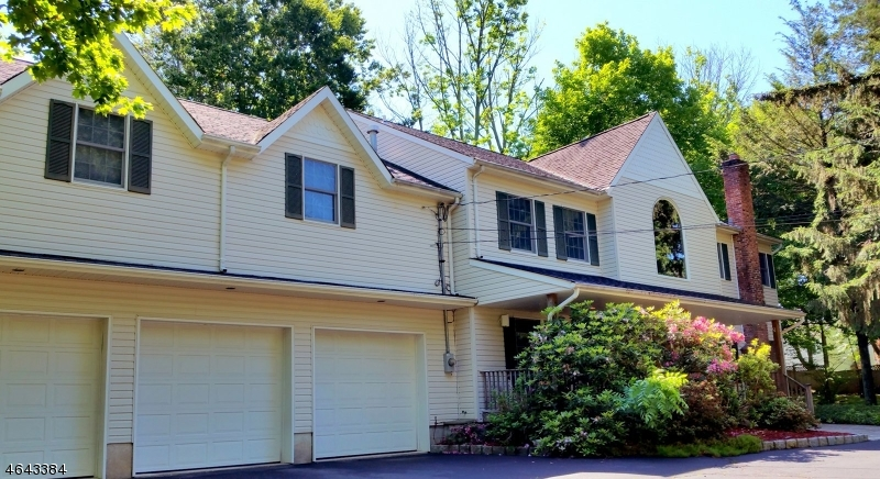 Additional photo for property listing at 73 Spring Valley Road  Montvale, New Jersey 07645 United States