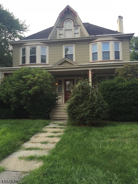 Casa Unifamiliar por un Venta en 184 Inwood Avenue Montclair, Nueva Jersey 07043 Estados Unidos