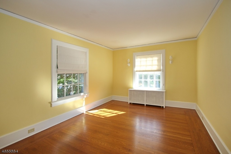 Additional photo for property listing at 1441 EVERGREEN Avenue  Plainfield, New Jersey 07060 United States
