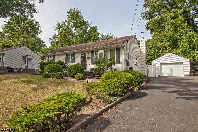 Additional photo for property listing at 28 Huntley Road  Summit, Нью-Джерси 07901 Соединенные Штаты