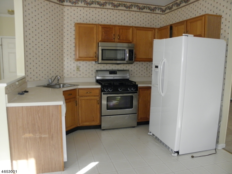 Additional photo for property listing at 3 Cathcart Place  Bridgewater, New Jersey 08807 United States
