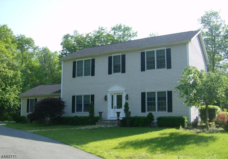 Single Family Home for Sale at 1 Park Avenue Towaco, 07082 United States