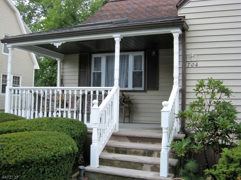 Additional photo for property listing at 7-04 7-04 1st Street  Fair Lawn, Nueva Jersey 07410 Estados Unidos
