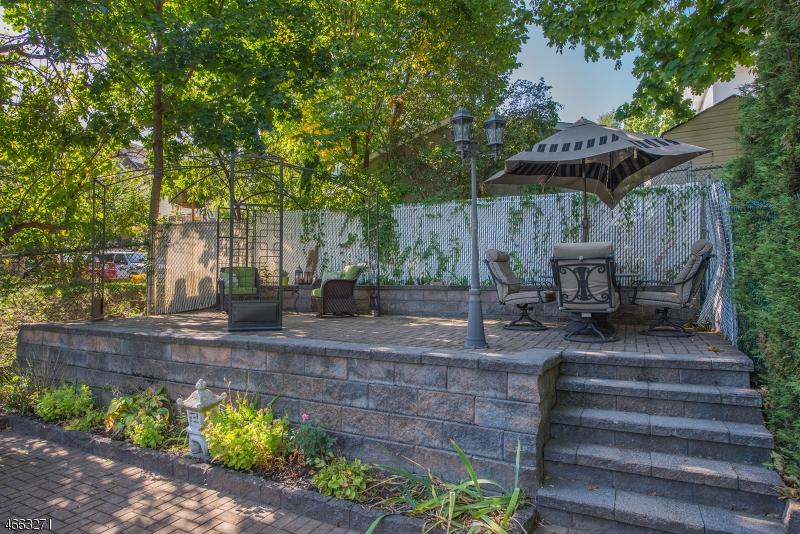 Additional photo for property listing at 172 BERKELEY Avenue  Bloomfield, Нью-Джерси 07003 Соединенные Штаты