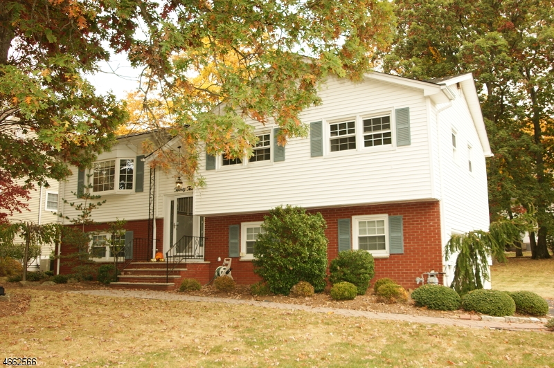Single Family Home for Sale at 22 MARY DRIVE Towaco, 07082 United States