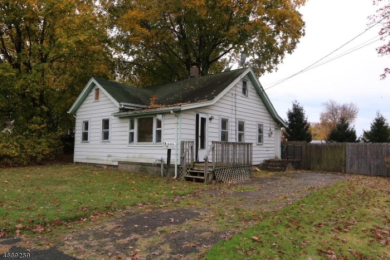 Частный односемейный дом для того Продажа на 17 Pine Street Mine Hill, 07803 Соединенные Штаты