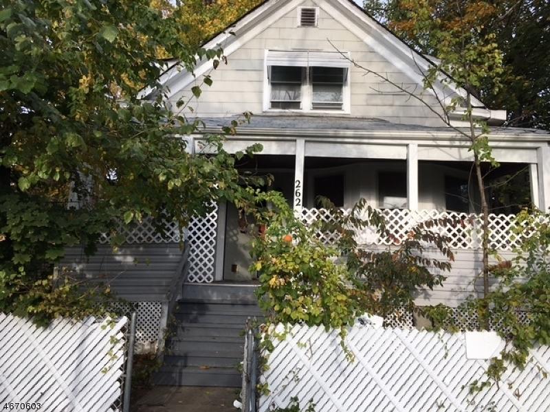 Casa Unifamiliar por un Alquiler en 262 Fairview Avenue Haledon, Nueva Jersey 07508 Estados Unidos