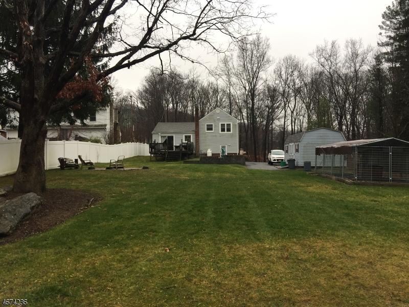Частный односемейный дом для того Аренда на 48 Mase Road Lake Hopatcong, Нью-Джерси 07849 Соединенные Штаты