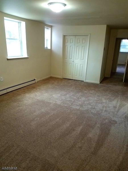 Частный односемейный дом для того Аренда на 32A Woodedge Ave Unit 10 Edison, Нью-Джерси 08817 Соединенные Штаты