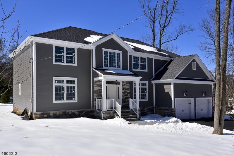 Maison unifamiliale pour l Vente à 20 Old Farm Road Berkeley Heights, New Jersey 07922 États-Unis