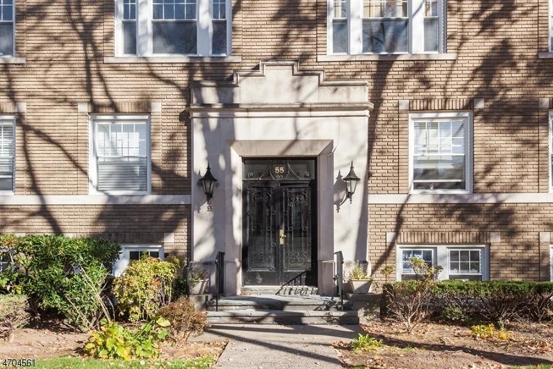 Casa Unifamiliar por un Alquiler en 49 Park Ave, UNIT O Bloomfield, Nueva Jersey 07003 Estados Unidos