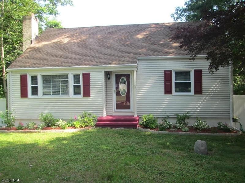 Частный односемейный дом для того Продажа на 7 Toad Lane East Amwell, 08551 Соединенные Штаты