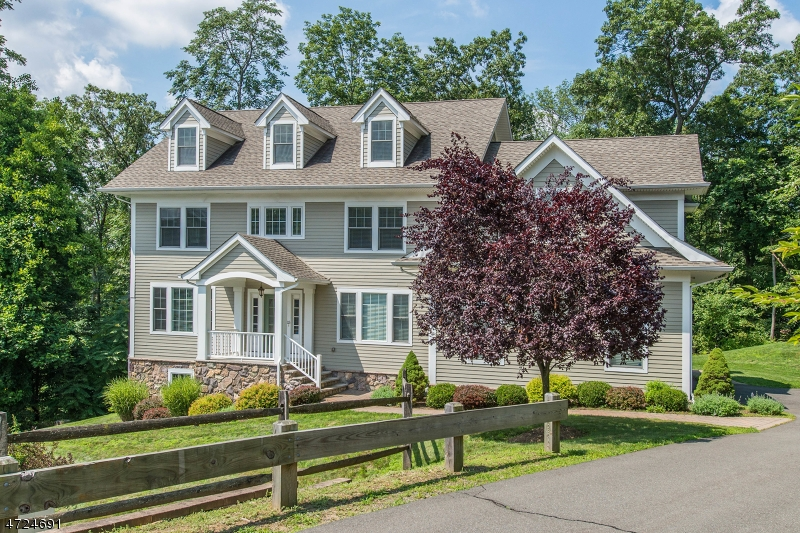 Single Family Home for Sale at 15 Hapgood Court Boonton, New Jersey 07005 United States
