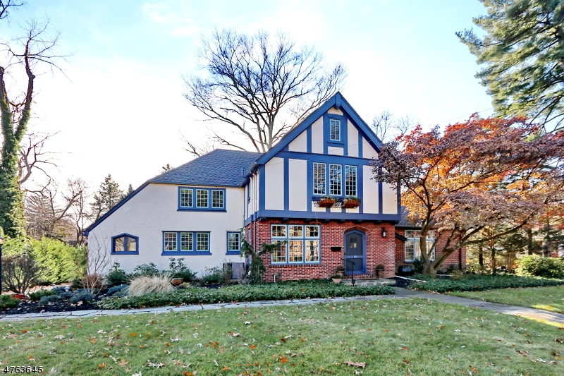 独户住宅 为 销售 在 1450 PROSPECT Avenue 平原镇, 新泽西州 07060 美国