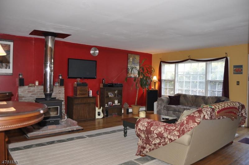 Μονοκατοικία για την Πώληση στο 975 Old Foundry Road Stillwater, Νιου Τζερσεϋ 07860 Ηνωμενεσ Πολιτειεσ