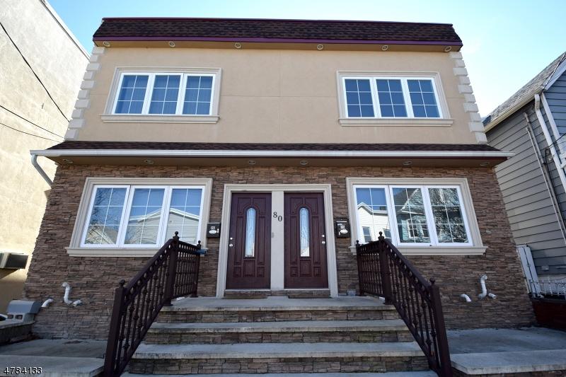 Çok Ailelik Ev için Satış at 78-80 E 26TH Street Bayonne, New Jersey 07002 Amerika Birleşik Devletleri