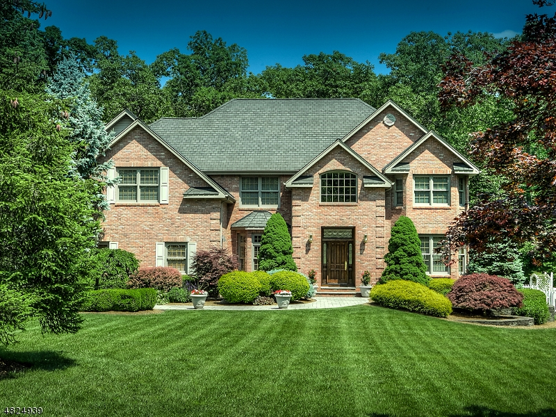 Single Family Home for Sale at 10 MOUNTAINSIDE Drive Ringwood, New Jersey 07456 United States