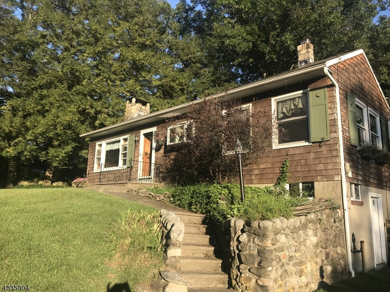 Property 為 出售 在 1020 County Road 619 Stillwater, 新澤西州 07860 美國
