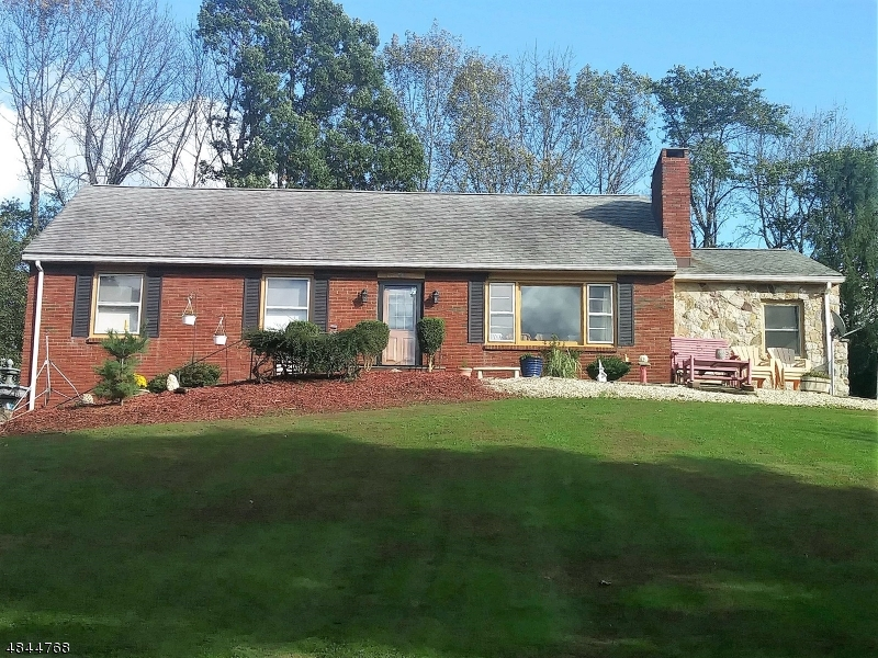 Single Family Home for Sale at 18 MAPLE LN 18 MAPLE LN Blairstown, New Jersey 07825 United States