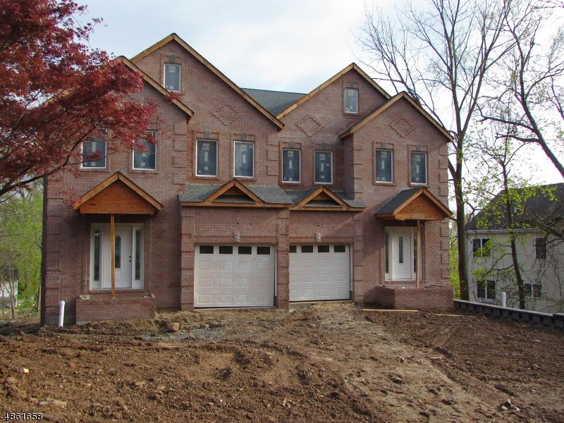 Maison unifamiliale pour l Vente à 72 Mt. Heights Avenue Lincoln Park, New Jersey 07035 États-Unis