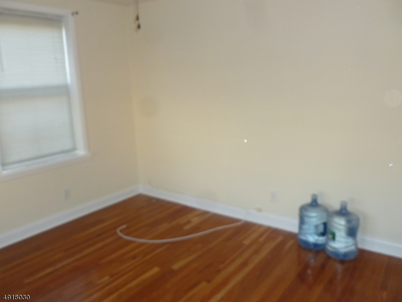 Additional photo for property listing at Address Not Available  Garfield, 新泽西州 07026 美国