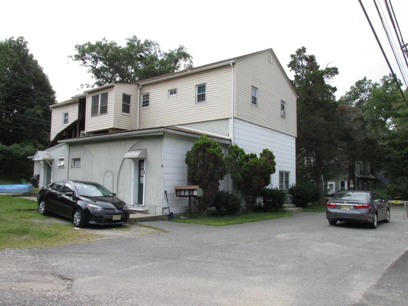 多户住宅 为 销售 在 Address Not Available Budd Lake, 07828 美国